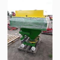 Разбрасыватель минеральных удобрений 1200 кг фирмы Landforce (Турция)
