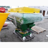 Турецкий разбрасыватель 1200 кг фирмы Landforce (Турция)